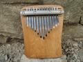 Největší pentatonická kalimba, 13 tónů Es-dur, dubové dřevo